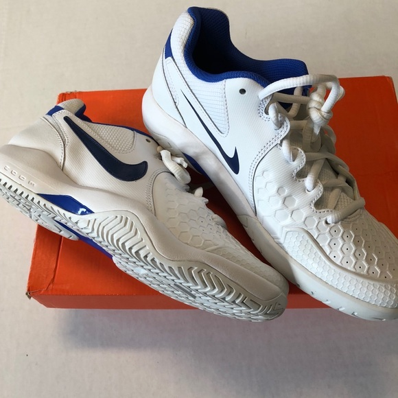 a3e588c2f053 Nike Air Zoom Resistance 8 NEW